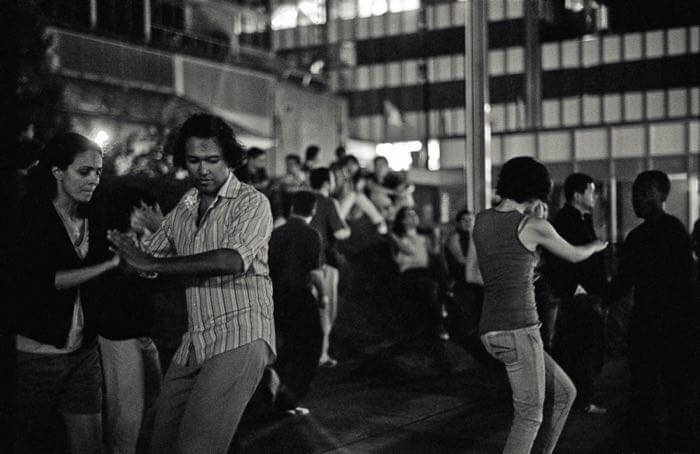 What is Bachata dance? And How did Bachata history and music evolve?
