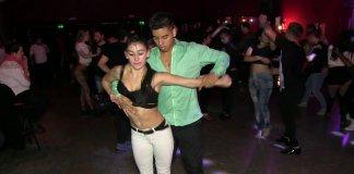 1minutesalsa Nahir Romano & Maxi Solis - Bachata 2016 with Ken-Y - Sentirte Mia