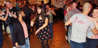 Etiquette for people dancing Salsa in the classroom and social dancing